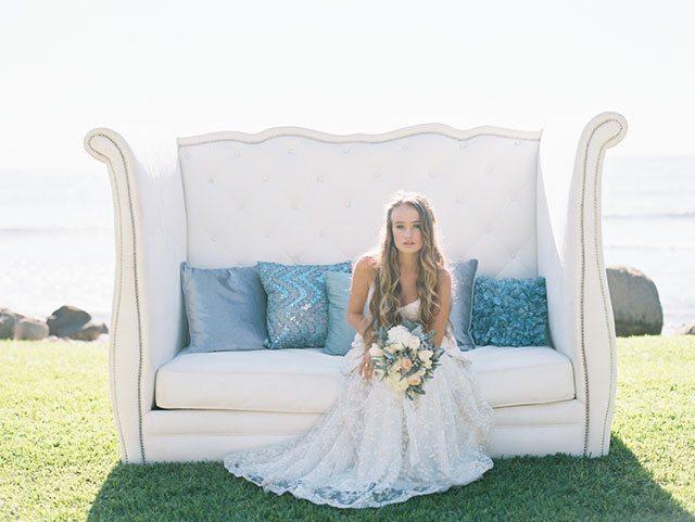 wendy-laurel-golden-seaside-bridal-inspiration-06