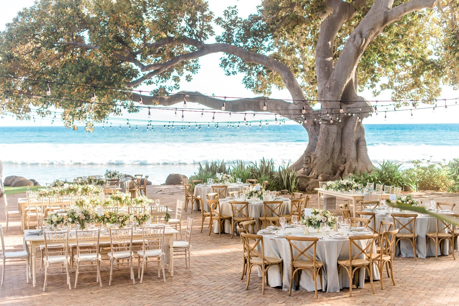 Rustic Reception at Olowalu | Reasons to hire a destination wedding planner | Maui Wedding Planner | Maui's Angels