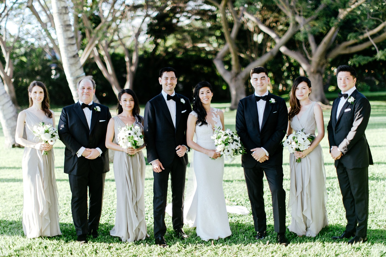 Bridal Party Maui | What to wear to a destination wedding | Maui's Angels Blog | Maui's Angels