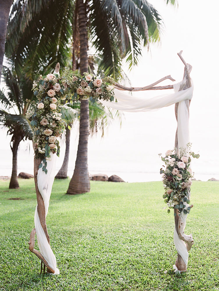 Floral Ceremony Arch | Olowalu Plantation House | Maui Wedding Planner | Maui's Angels Blog