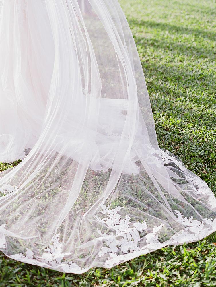 Bridal Veil | Olowalu Plantation House | Maui Wedding Planner | Maui's Angels Blog