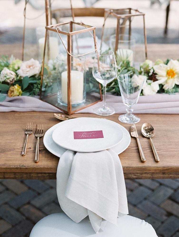 Farm Table Place Setting | Olowalu Plantation House | Maui Wedding Planner | Maui's Angels Blog