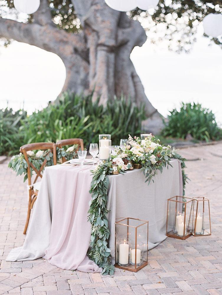 Sweetheart Table Decor | Olowalu Plantation House | Maui Wedding Planner | Maui's Angels Blog