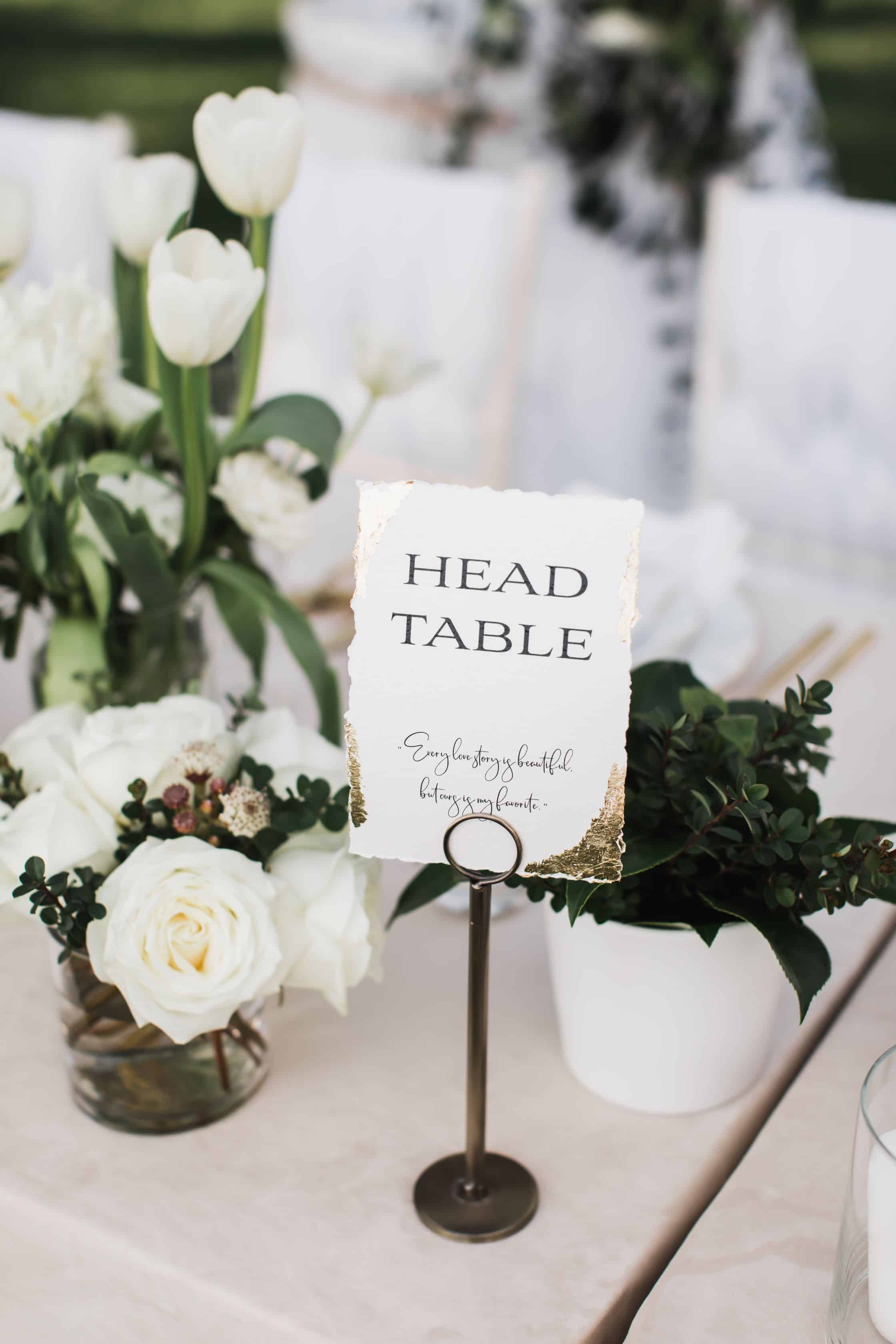 Head table sign with flowers | Maui's Angels
